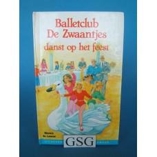 Balletclub de Zwaantjes danst op het feest nr. 3258-02